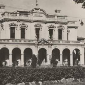 historical, black & white photo of Parramatta Town Hall